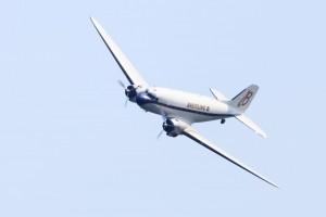 DC-3展示飛行。美しい機体です